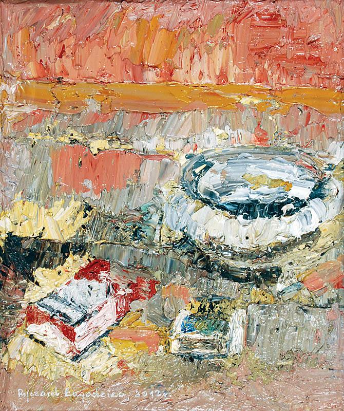 Paczka papierosów, pudełko zapałek, popielniczka na stole - Martwa natura, 2012