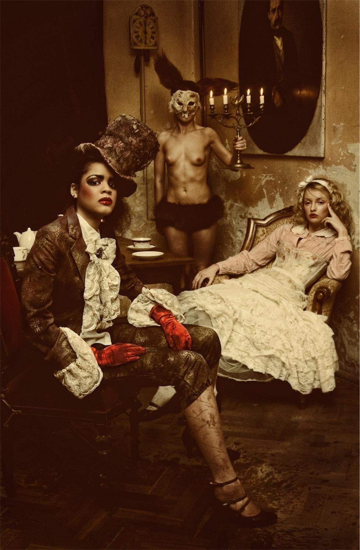 Podwieczorek (z cyklu Alicja w Krainie Czarów), 2009
