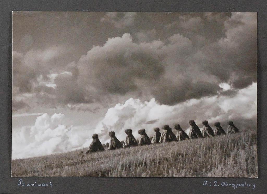 Po żniwach, 1946