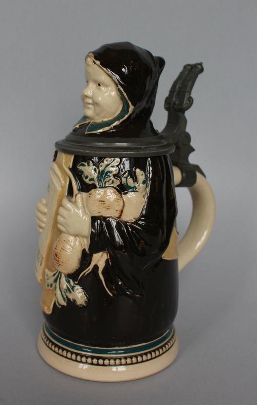 Kufel do piwa z postacią zakonnika (Monachium, pocz.XX w.)