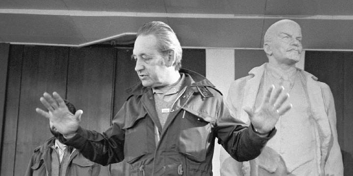 Andrzej Wajda w czasie realizacji filmu