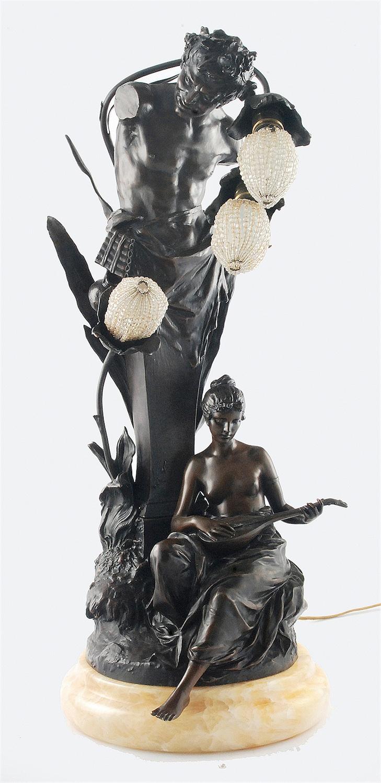 Lampa elektryczna z postacią satyra i nimfy, 3-świecowa