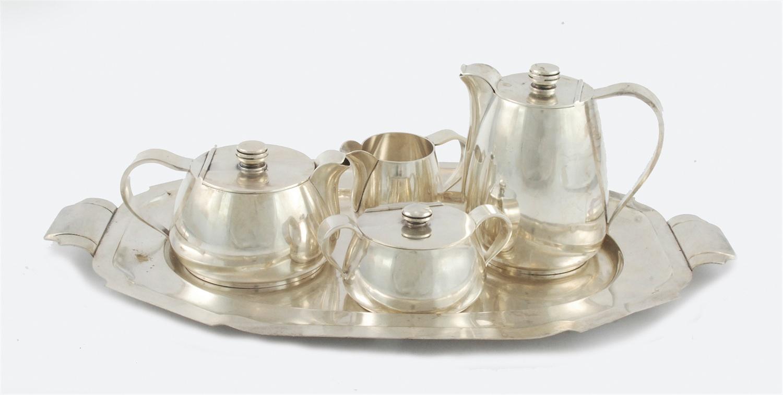 Komplet do kawy i herbaty z tacą