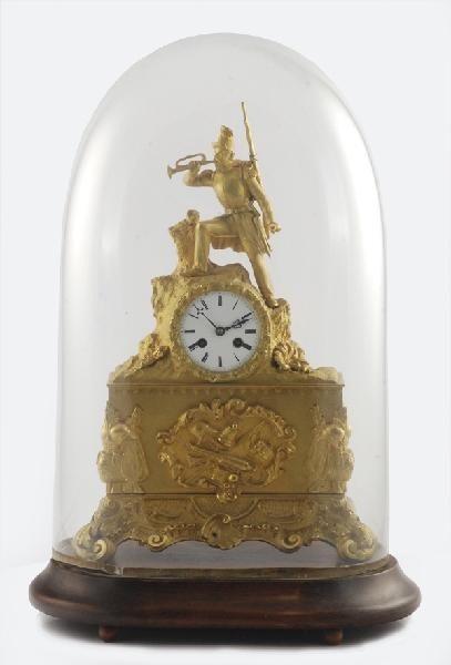 Zegar kominkowy z figurą żołnierza