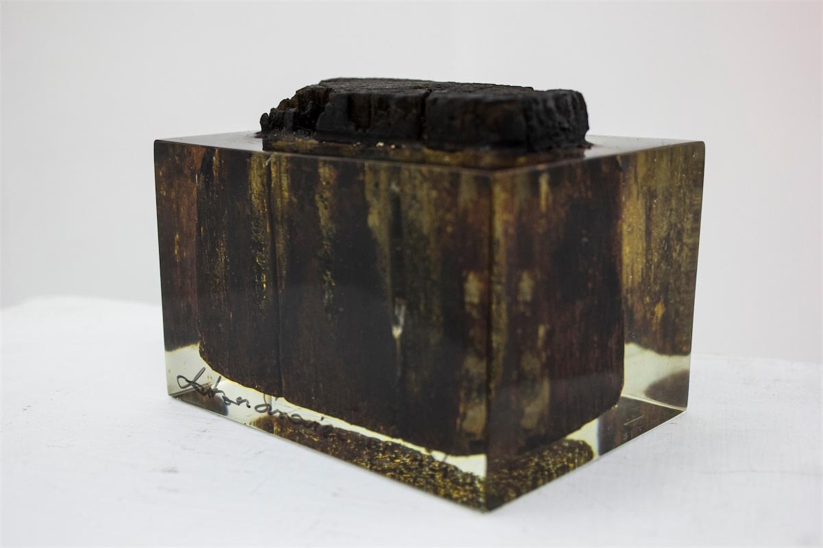 Przedwojenna, drewniana kostka podłogowa z fabryki Oscara Schindlera, 2015