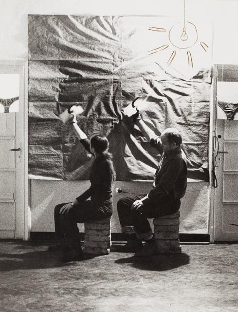 """""""Młot, dłoń, lód; sierp, hak, cień"""", 1985"""