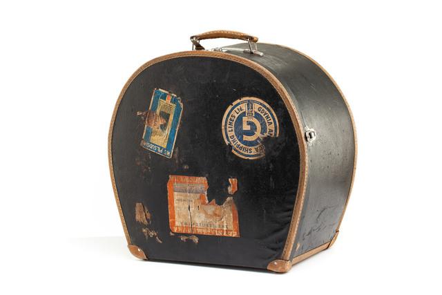 Kufer na kapelusze, okres międzywojenny