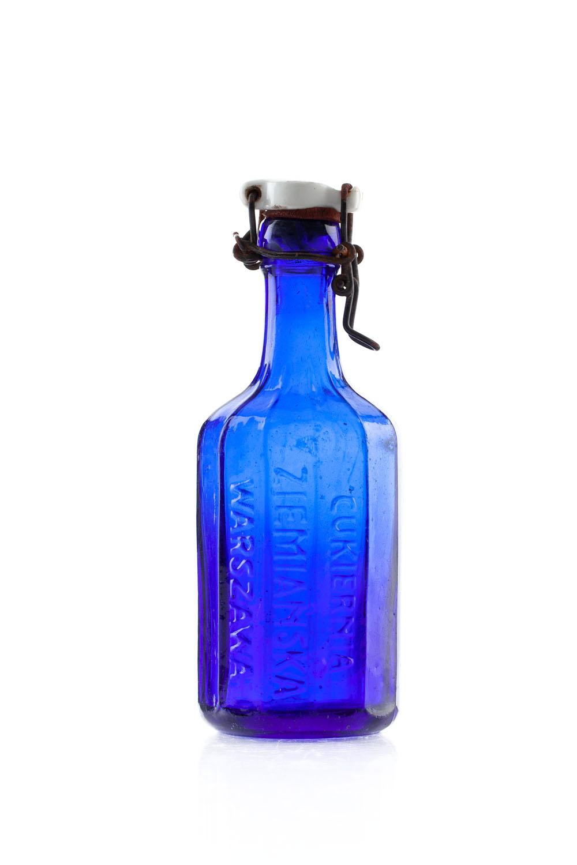 Butelka z korkiem, okres międzywojenny