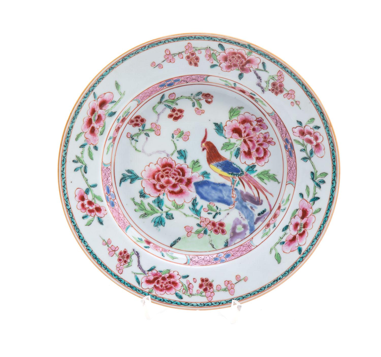 Talerz typu Famille Rose, Chiny, XVIII w.