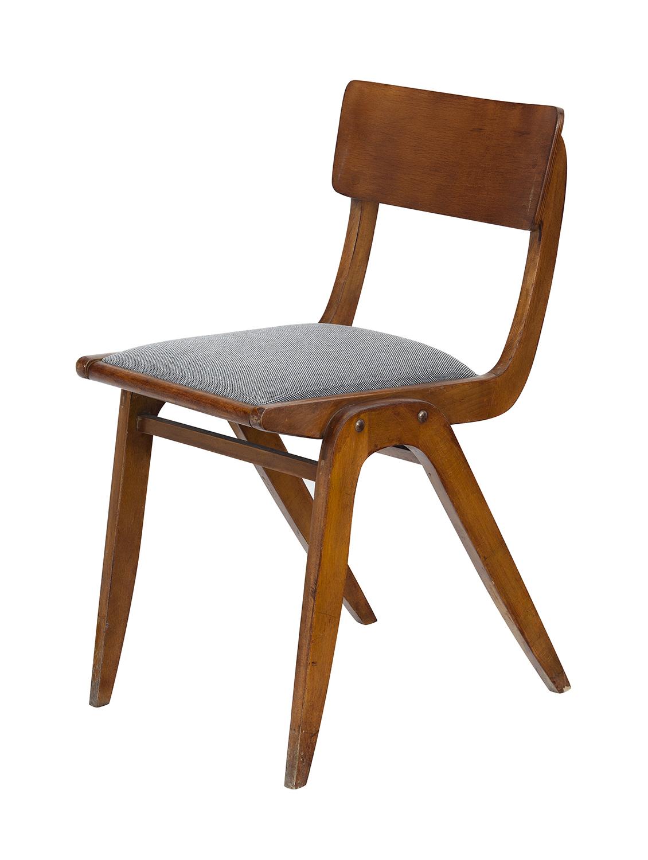 """Krzesło tapicerowane - 229X B, tzw. """"Bumerang"""""""