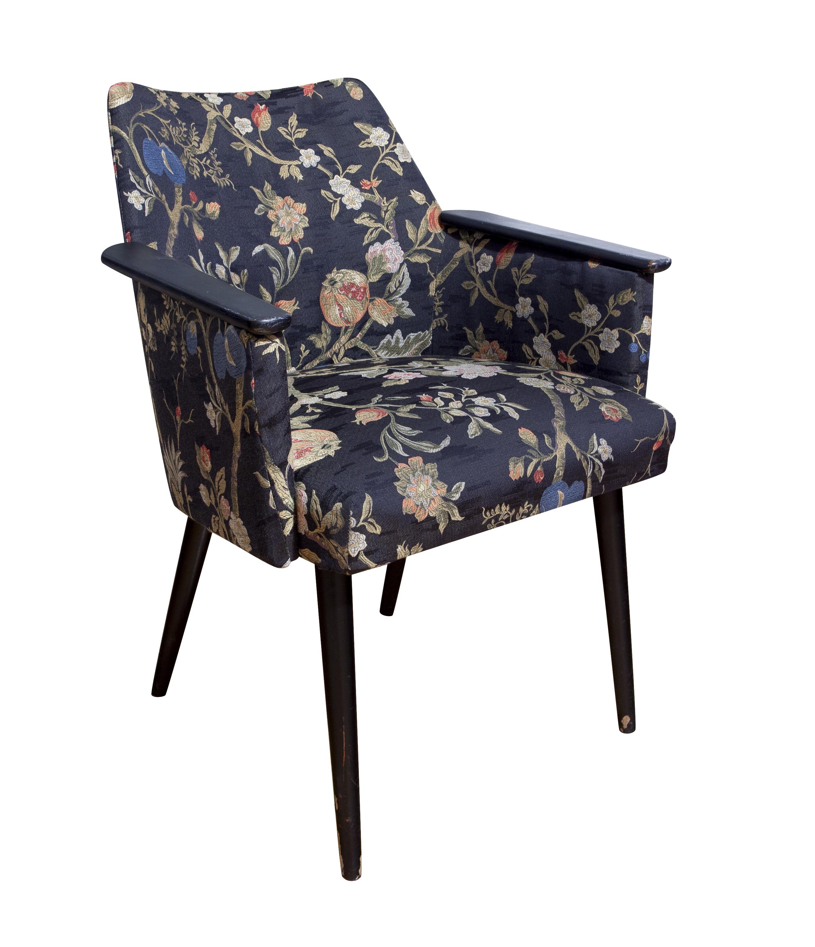 """Fotel tapicerowany tzw. """"patyczak"""""""