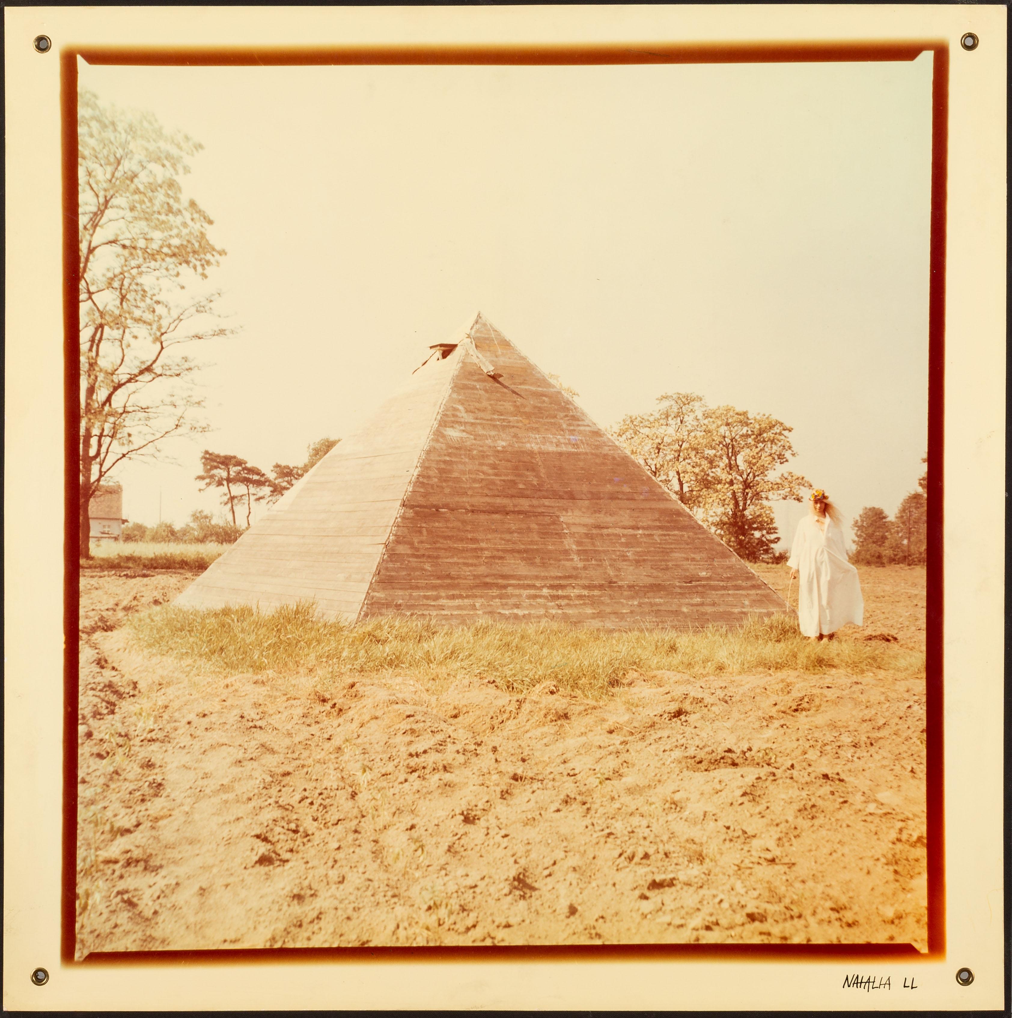 Piramida, 1979