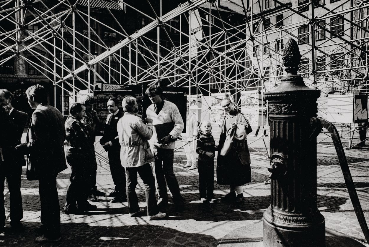 WYSTAWA SARP NA RYNKU STAREGO MIASTA W WARSZAWIE, 1984