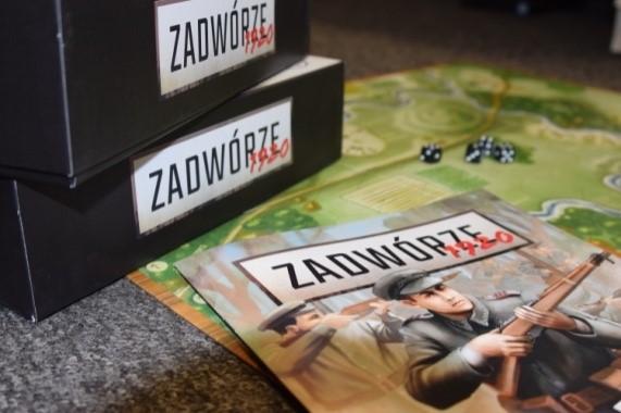 """Strategiczna gra planszowa """"Zadwórze 1920"""""""