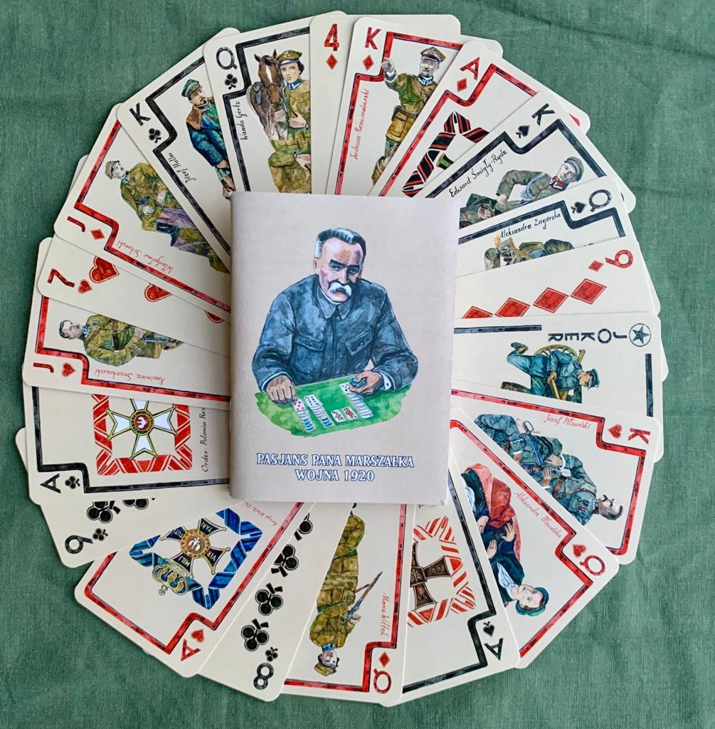 """Limitowana edycja kart do gry """"Pasjans Pana Marszałka. Wojna 1920"""""""