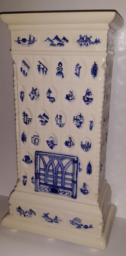 Miniaturka pieca kaflowego z Pałacu Nakomiady, 2020 r.