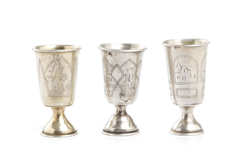 Zestaw 3 kieliszków kiduszowych, 1899 - 1908
