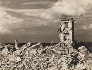 Ruiny Zamku Królewskiego w Warszawie, lata 40. XX w.