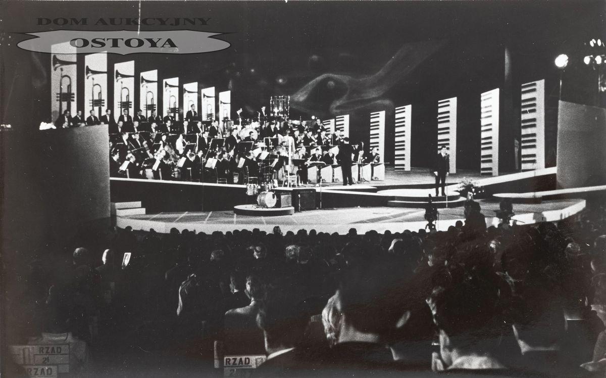FESTIWAL PIOSENKI W SOPOCIE, 1965