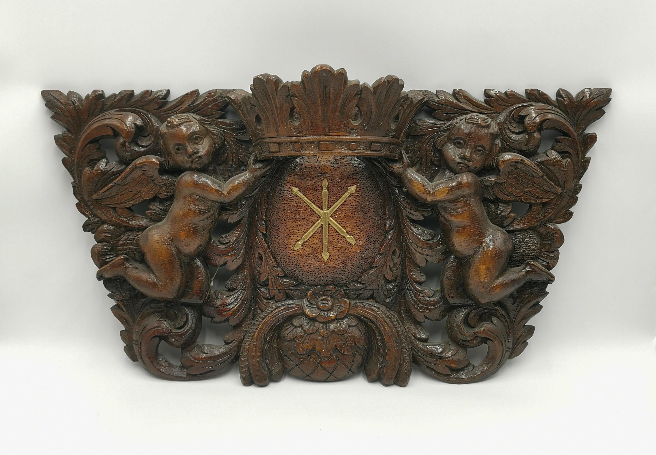 Panneau płaskorzeźbione, z herbem Jelita
