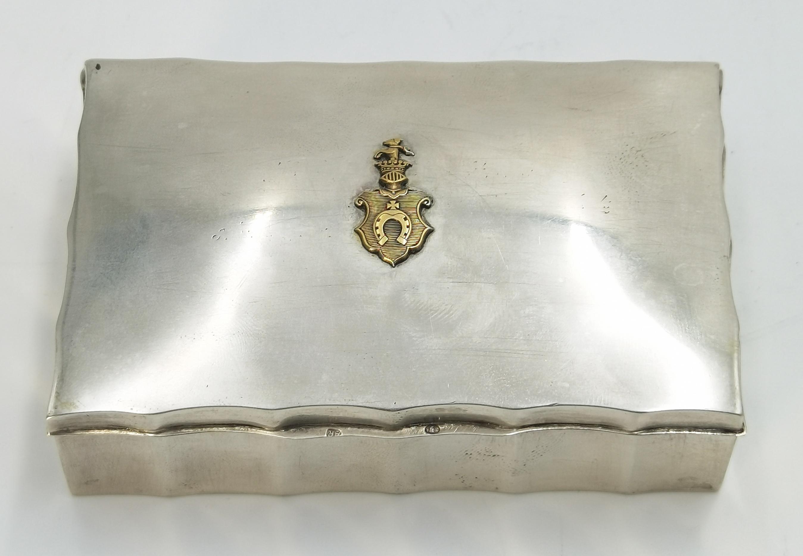 Pudełko z herbem Pobóg