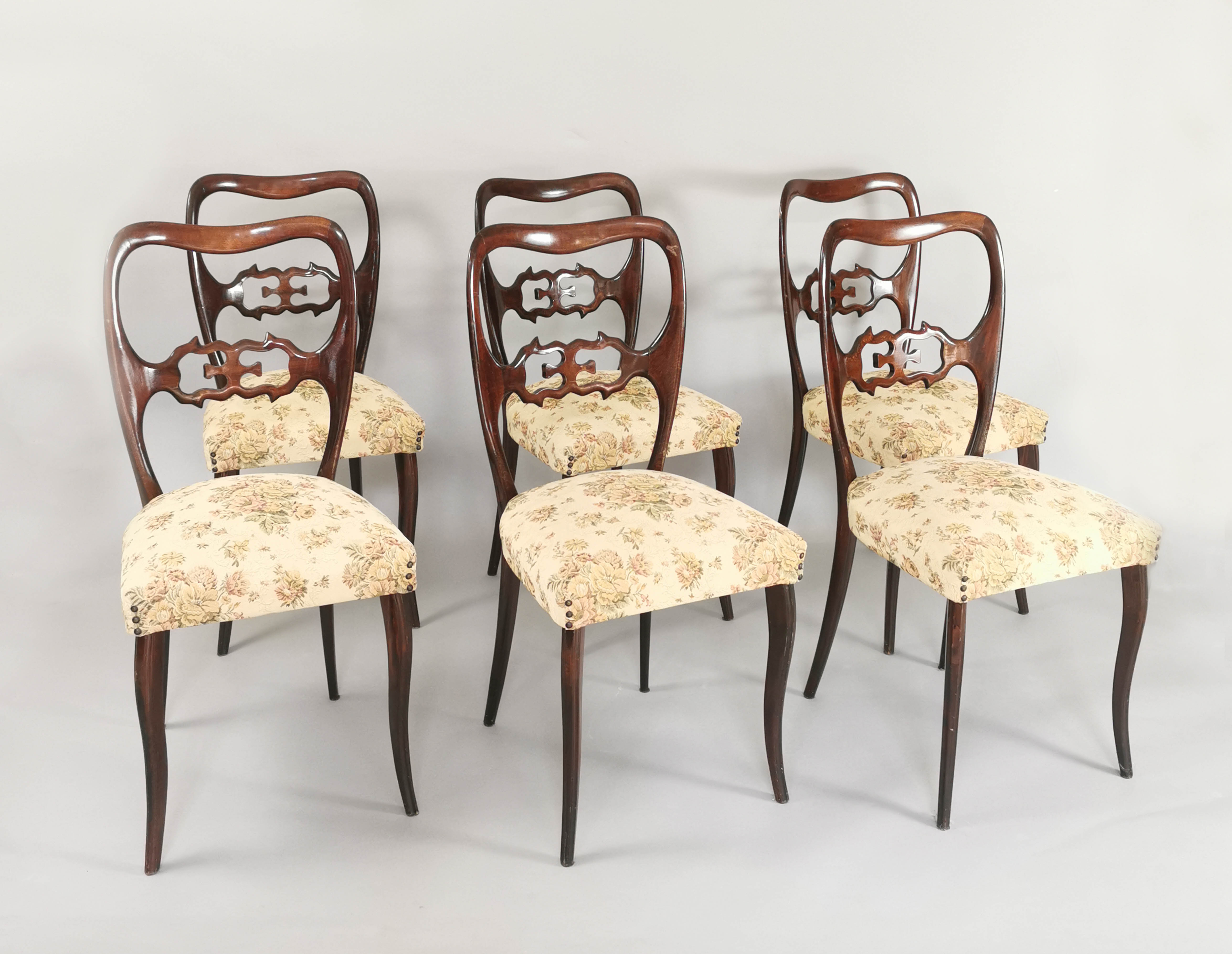 Komplet sześciu krzeseł neostylowych