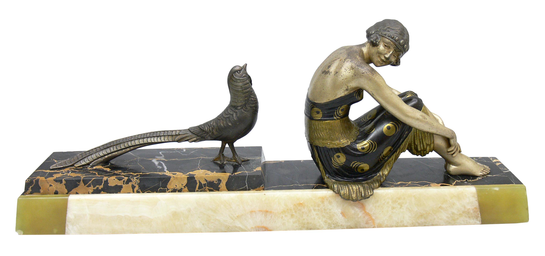 Figura kobiety z bażantem art déco