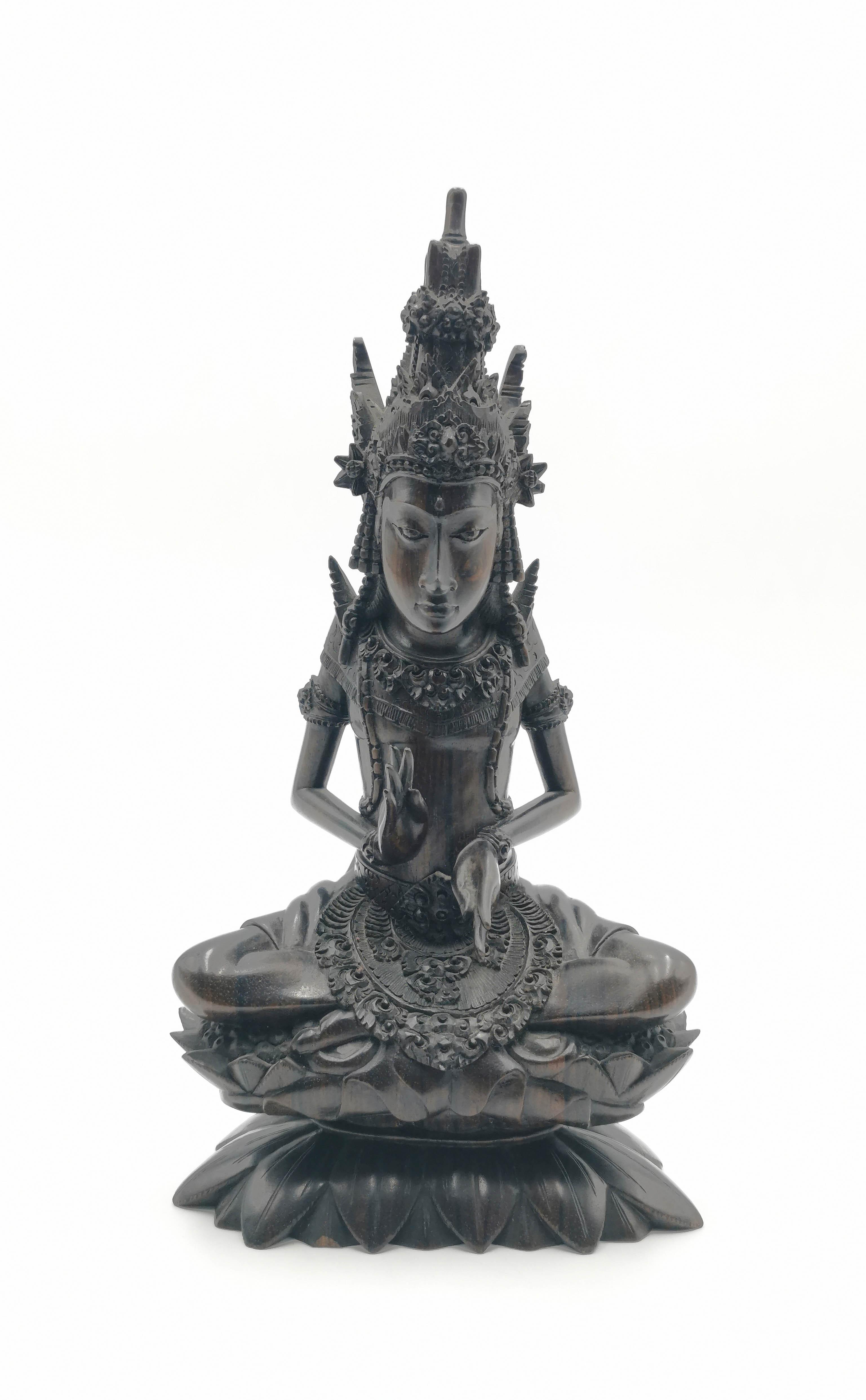 Posąg boga hinduskiego