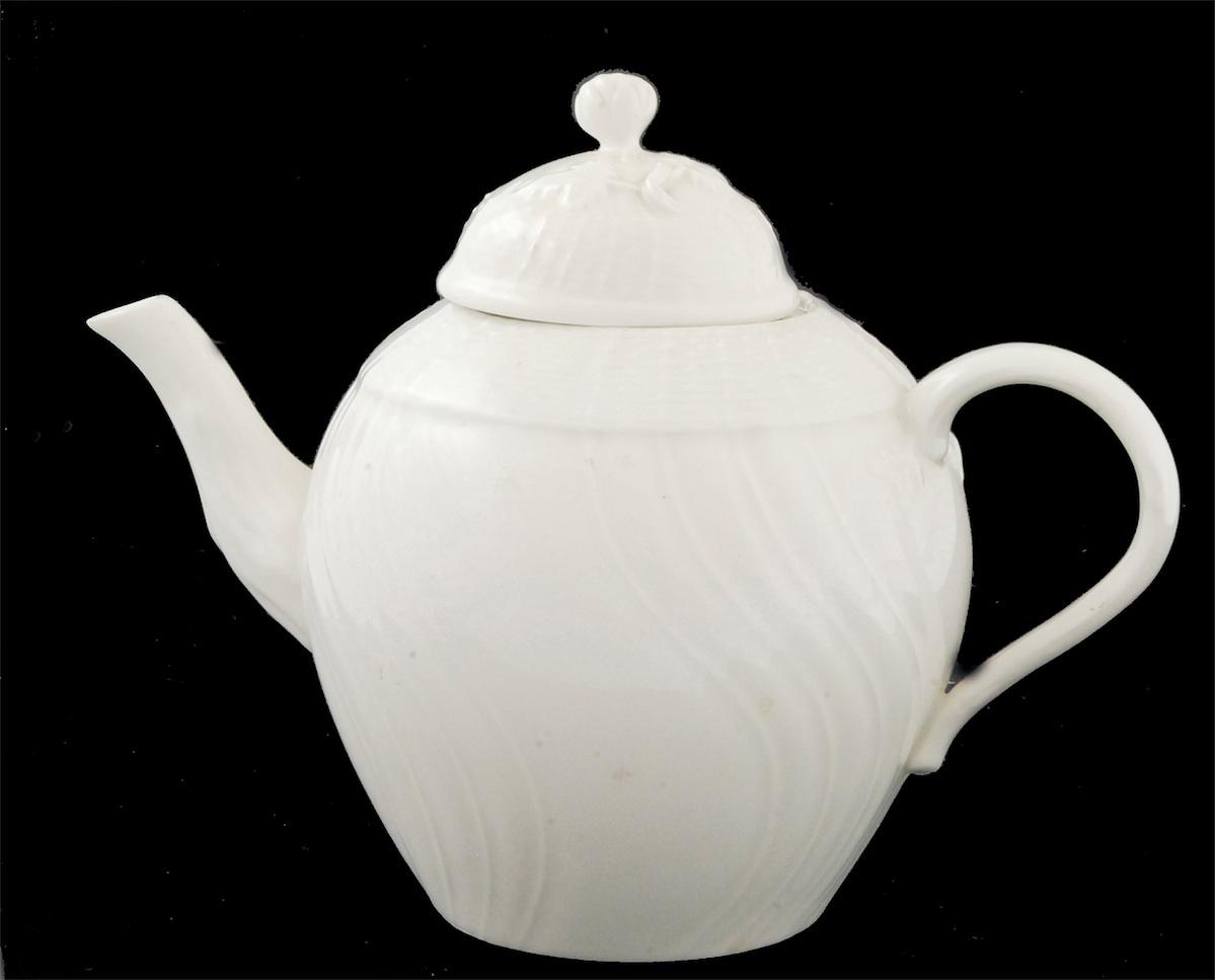 Dzbanuszek do herbaty
