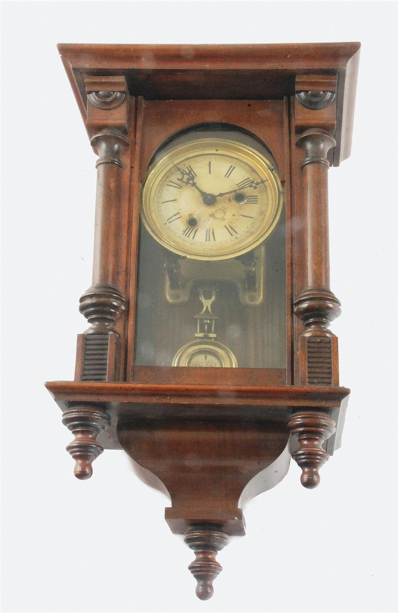 Zegar ścienny szafkowy