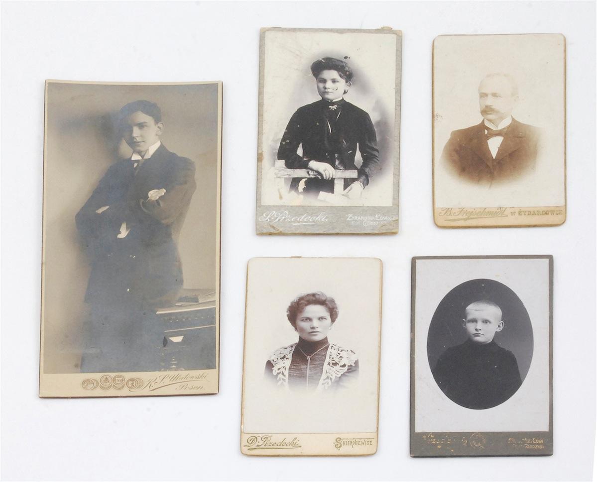 Zestaw zdjęć portretowych - 5 szt. z poł. XX w