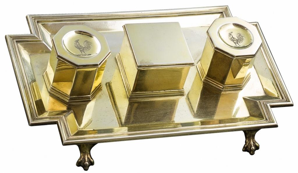 Kałamarz ze srebra złoconego ( A victorian silver-gilt inkstand)